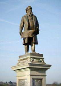 Sir Titus Salt's statue
